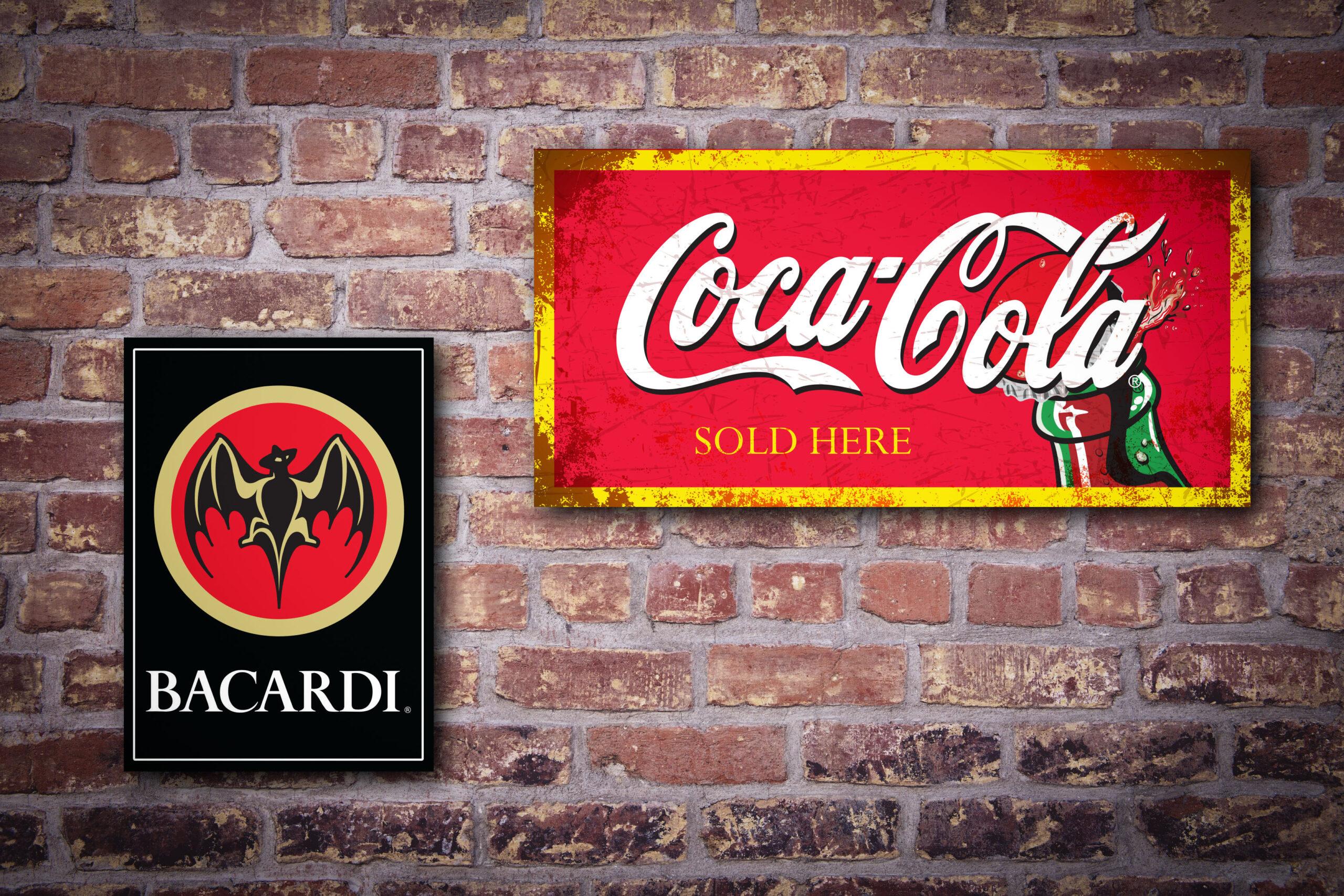 cafe borden muur 2